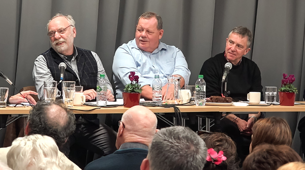 From left, Brian Keenan, Terry Anderson and John McCarthy speaking to the audience about their captivity in Beirut