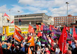 H&W workers at a rally outside the shipyard