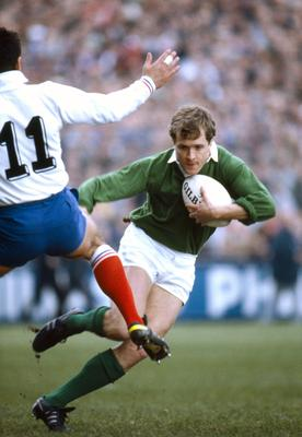 Hugo MacNeill on the attack as an Ireland full-back in 1987