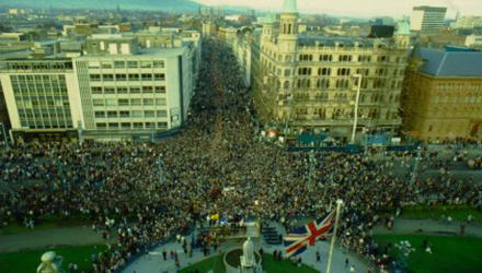 The Ulster Says No rally at Belfast City Hall in 1985