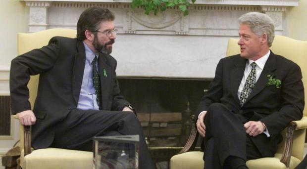 Gerry Adams with Bill Clinton in 2000