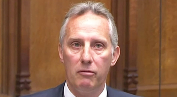 Ian Paisley making his statement to the Commons over the Sri Lanka scandal