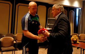Handing Paul O'Connell a Lions jersey