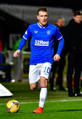 Steven Davis will be trying to help Rangers to the league title