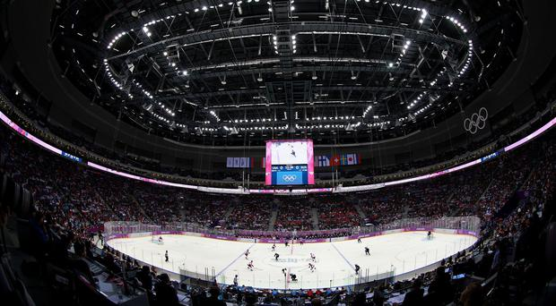 Braehead Clan climbed to the top of the Elite League
