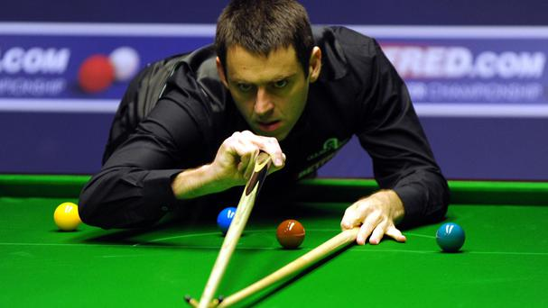 Ronnie O'Sullivan is through to the last eight in Bucharest