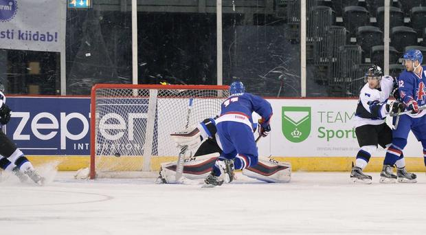 Mark Garside gives Great Britain the lead (Dean Woolley)