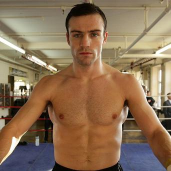 Matthew Macklin has pulled out of his middleweight clash with Jorge Sebastien Heiland in Dublin
