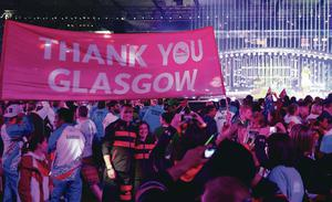 Athletes from England hold up a banner at the closing ceremony of the Commonwealth Games