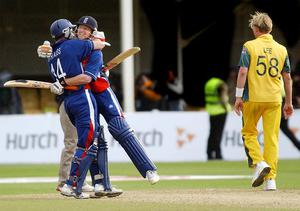 Paul Collingwood and Andrew Strauss (left) celebrate their last-four victory in 2004 (John Giles/PA)