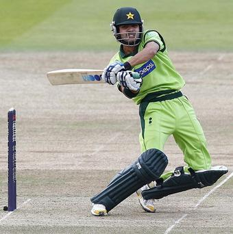 Mohammad Hafeez hit an unbeaten 122 as Pakistan drew with Ireland in Dublin
