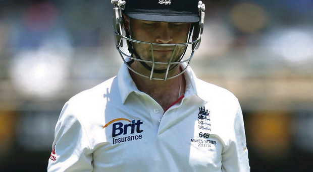 Jonathan Trott has left the Ashes Tour for personal reasons