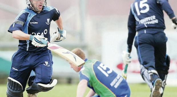 Helter skelter: Fintan McAllister and Andrew Balbirnie (No 15) gave Leinster Lightning the perfect start in Saturday's inter-provincial