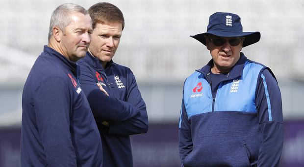 Trevor Bayliss, right, would be happy to see Paul Farbrace, left, replace him as head coach (Martin Rickett/PA)