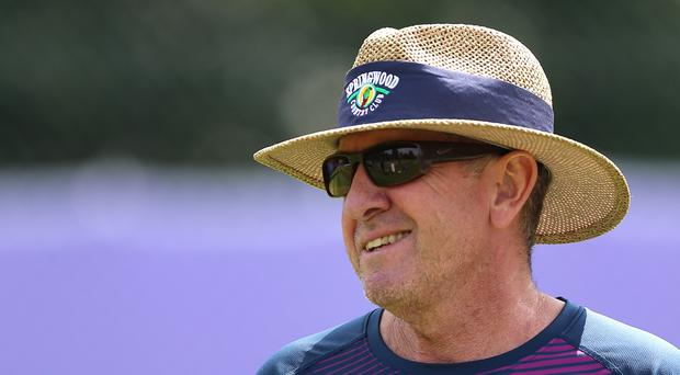 Bayliss signs with Sunrisers as head coach