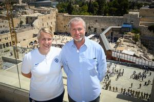 Roman Abramovich, right, with Chelsea Women manager Emma Hayes, left (Shahar Azran/Chelsea Football Club)