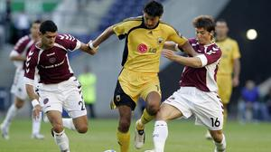Vladimir Ivic, centre, during his playing days with AEK Athens (Andrew Milligan/PA)