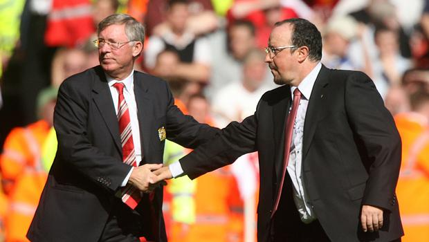Former Liverpool manager Rafael Benitez (right) has offered his support for Sir Alex Ferguson. (Peter Byrne/PA Images)