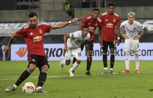 Bruno Fernandes fired Manchester United into the Europa League semi-finals with the only goal against FC Copenhagen (Wolfgang Rattay/Pool via AP)