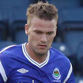 Peter Thompson was on target as Linfield comfortably beat IF Fuglafjordur