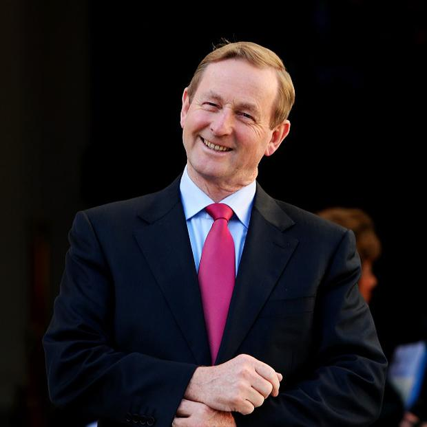Taoiseach Enda Kenny TD has called for an all-Ireland team to play in fundraiser games