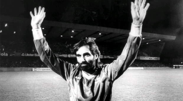 Football legend George Best at Windsor Park. 14/02/1987.