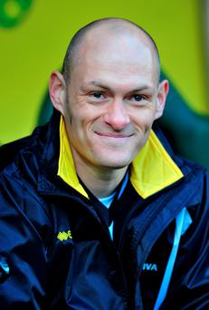 £120m bonus: Alex Neil is one game from the Premier League