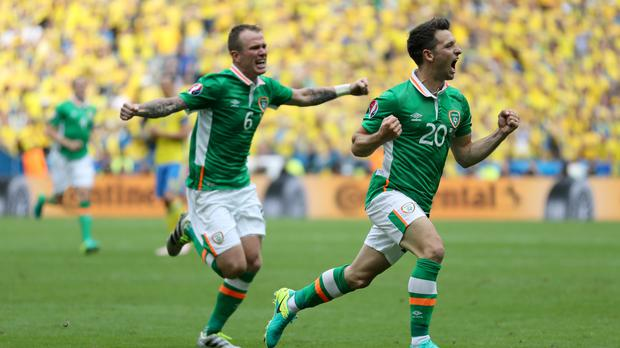 Wes Hoolahan celebrates after giving Ireland the lead