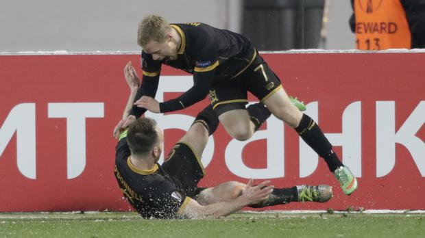 Dundalk's Daryl Horgan, top, netted against Zenit