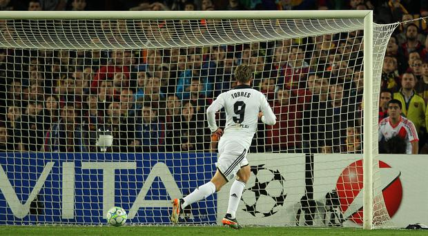 Fernando Torres scores Chelsea's second goal at the Nou Camp (Stephen Pond/EMPICS)