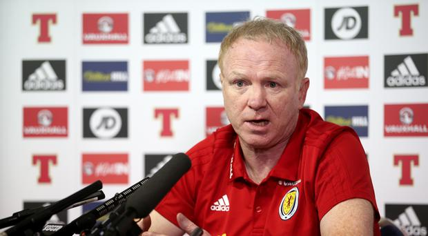 Scotland manager Alex McLeish pays tribute to former Aberdeen team mate Neale Cooper