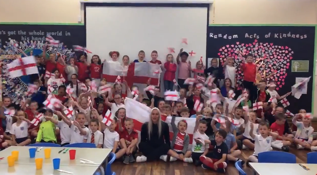 "Schoolkids ""shout come on England"" (@LFAWG/Twitter)"