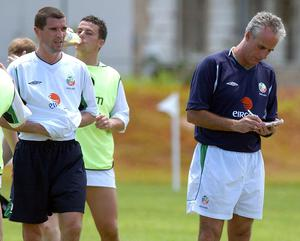 Mick McCarthy and Roy Keane during a World Cup training session in Saipan (Kirsty Wigglesworth/PA)