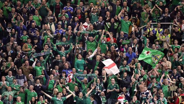 The Irish FA has made an extra 1.500 tickets available for Northern Ireland's Euro 2016 qualifier against Greece next month
