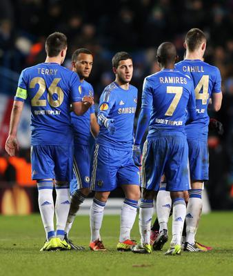 LONDON, ENGLAND - FEBRUARY 21:  Eden Hazard of Chelsea celebrates his goal with team mates after the UEFA Europa League Round of 32 second leg match between Chelsea and Sparta Praha at Stamford Bridge on February 21, 2013 in London, England.  (Photo by Ian Walton/Getty Images)