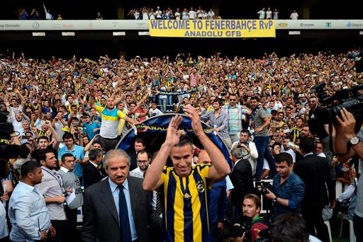 Former Manchester United player Robin van Persie said he was humbled by the reception he received from Fenerbache