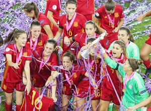 At the end of it all, Spain were the side celebrating as the won the celebrate their UEFA Women's U19 European Championship thanks to a 3-2 final victory over France.