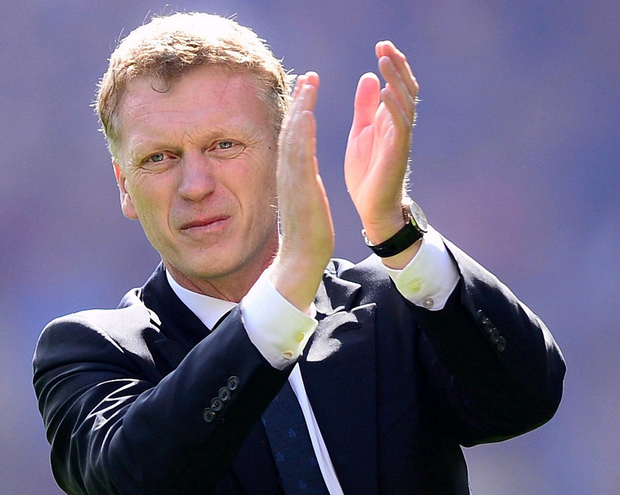 Manchester United manager David Moyes has paid tribute to Northern Ireland's record goal-scorer David Healy