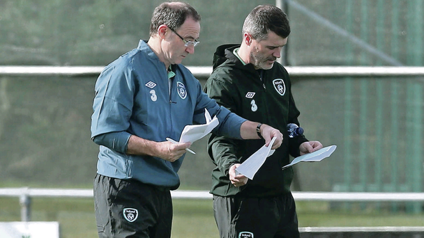 Martin O'Neill and Roy Keane swap notes during training