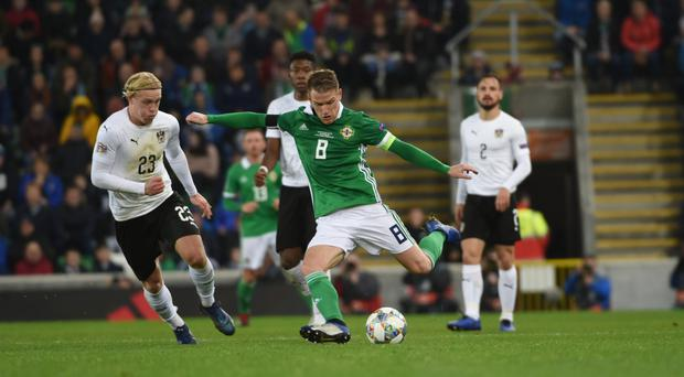 Steven Davis will meet his ex-boss who's now with Holland