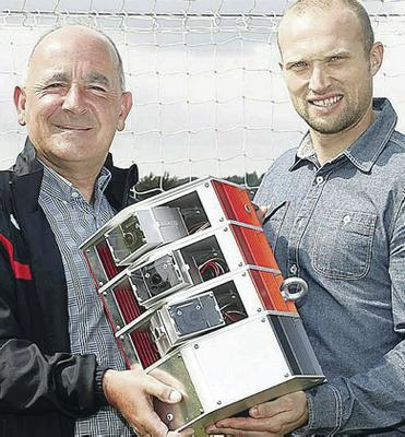 Stat men: Tommy Breslin and Warren Feeney welcome the new technology