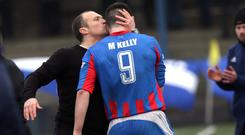 Warren Feeney hails Mark Kelly as Ards go 3-1 up
