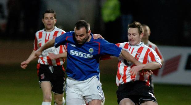 Old foes: Fixtures like the Setanta Sports Cup clashes between Linfield and Derry City could become a regular feature in an all-island set-up