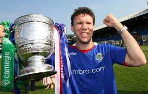 League joy: Noel Bailie with the Gibson Cup in 2007