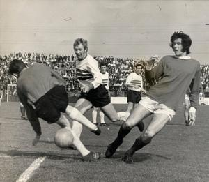 Billy Millen of Linfield playing against Glentoran in 1970