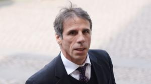 Gianfranco Zola has emerged as the favourite to succeed Steve Bruce at Hull.