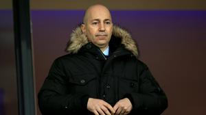 Arsenal chief executive Ivan Gazidis believes the club have a squad good enough to win the Premier League.