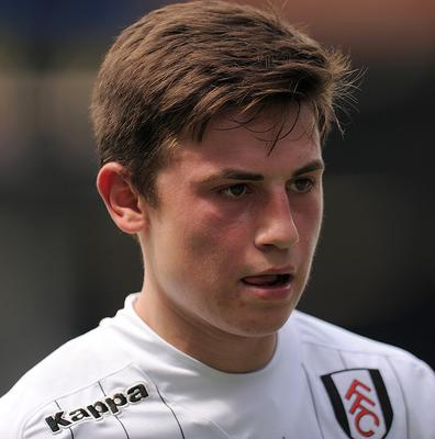 Patrick Roberts has signed a professional contract with Fulham