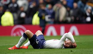 Tottenham's Vincent Janssen reacts after the final whistle after Spurs are beaten by West Ham (John Walton/PA)