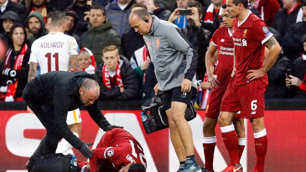 Alex Oxlade-Chamberlain suffered a serious injury against Roma